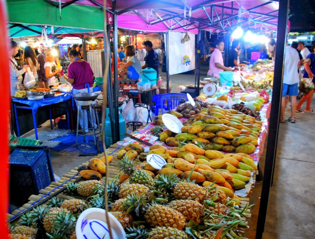 A visit to a night market in Thailand