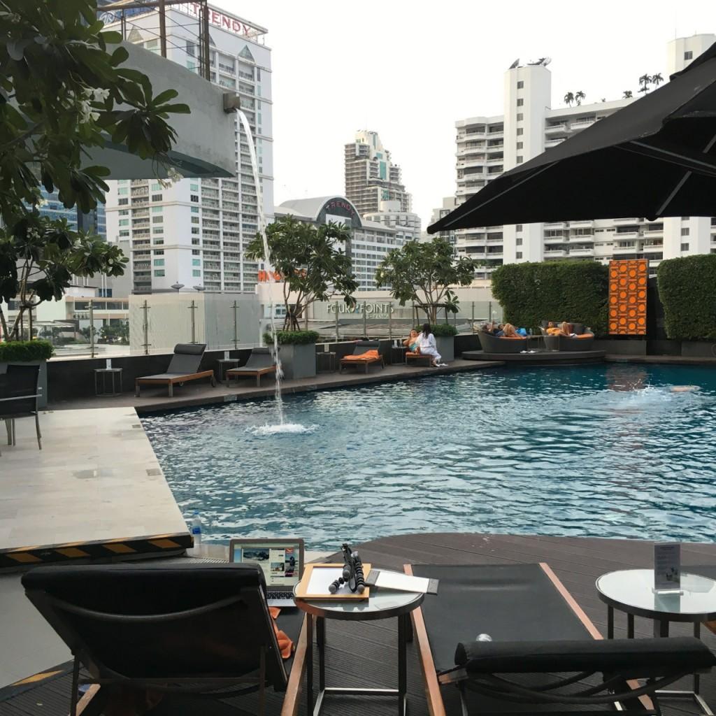 westin-bangkok-pool