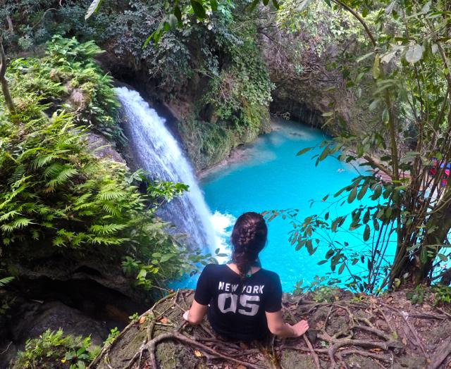 kawasan-falls-philippines